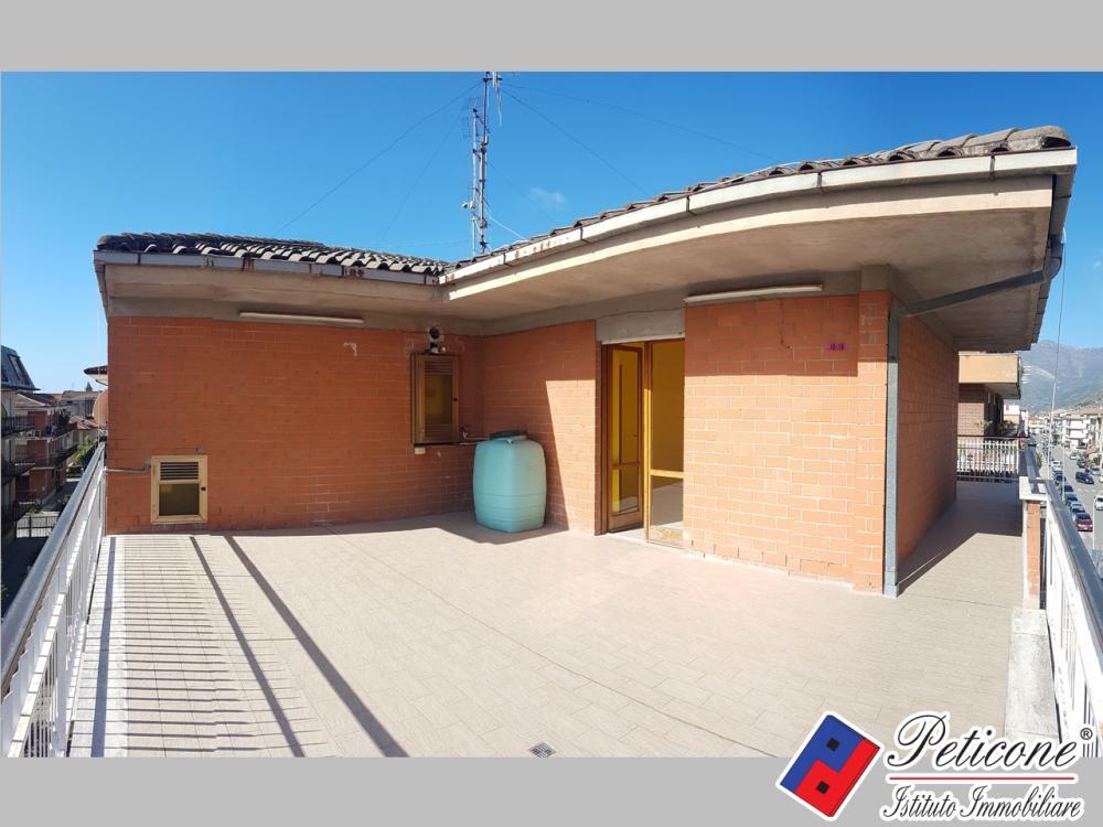 Appartamento quadrilocale in vendita a Fondi - Appartamento quadrilocale in vendita a Fondi