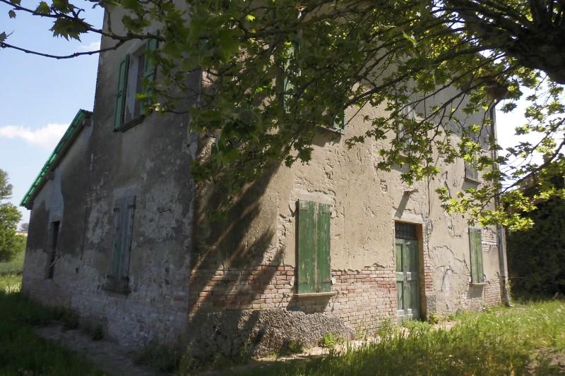 Rustico / casale quadrilocale in vendita a Parma - Rustico / casale quadrilocale in vendita a Parma