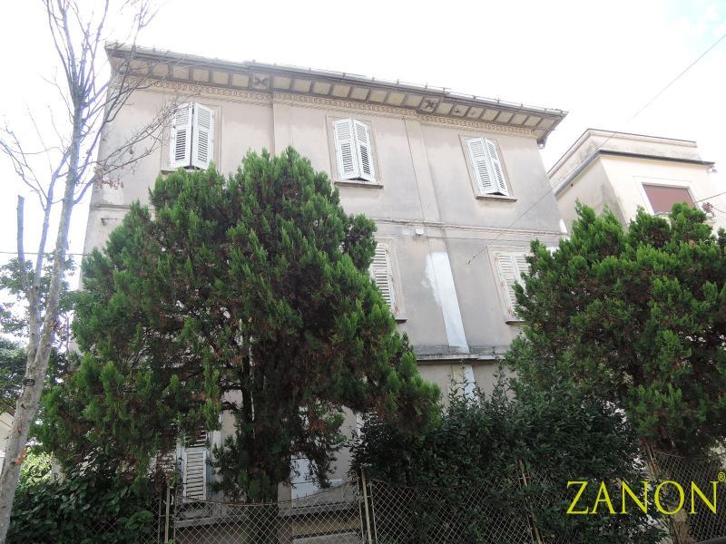 Appartamento tricamere in vendita a Gorizia - Appartamento tricamere in vendita a Gorizia