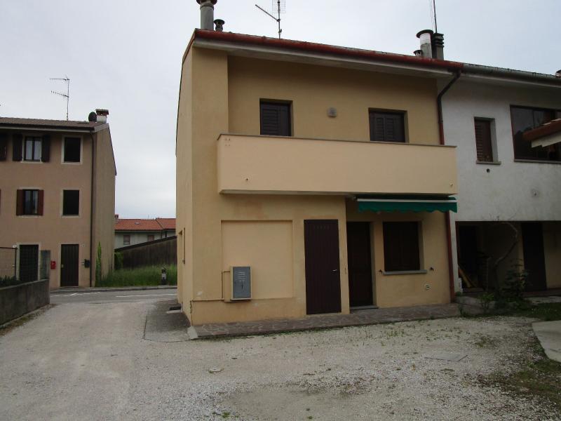 Casa bicamere in vendita a Osoppo - Casa bicamere in vendita a Osoppo