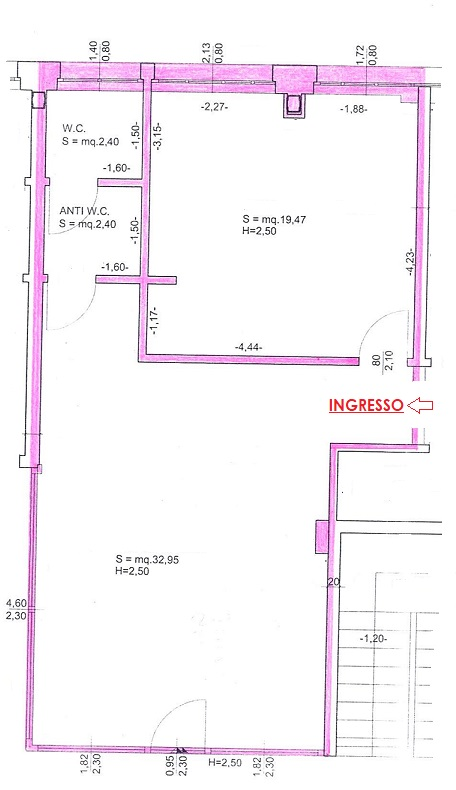 Prospetto edificio verso parcheggio comune - Ufficio in affitto a Gemona del Friuli