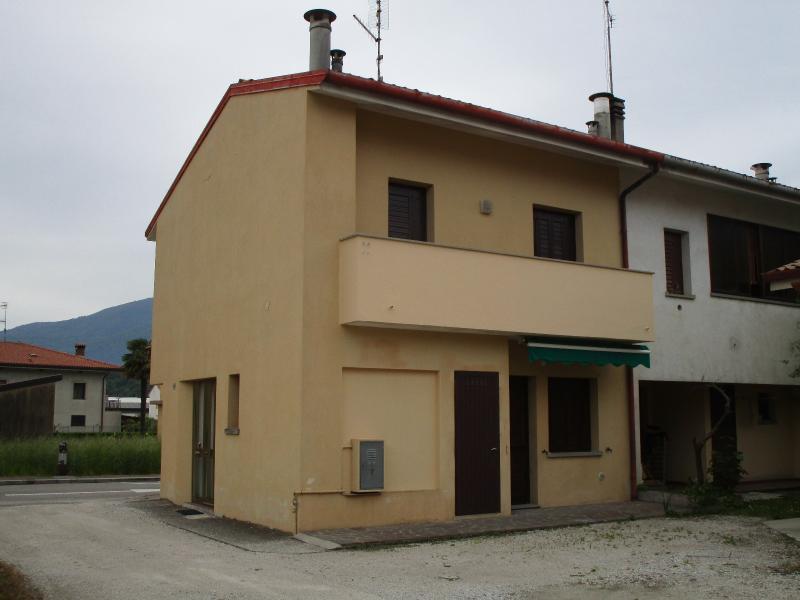 Villaschiera bicamere in vendita a Osoppo - Villaschiera bicamere in vendita a Osoppo