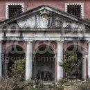 Villa indipendente plurilocale in vendita a Carrara