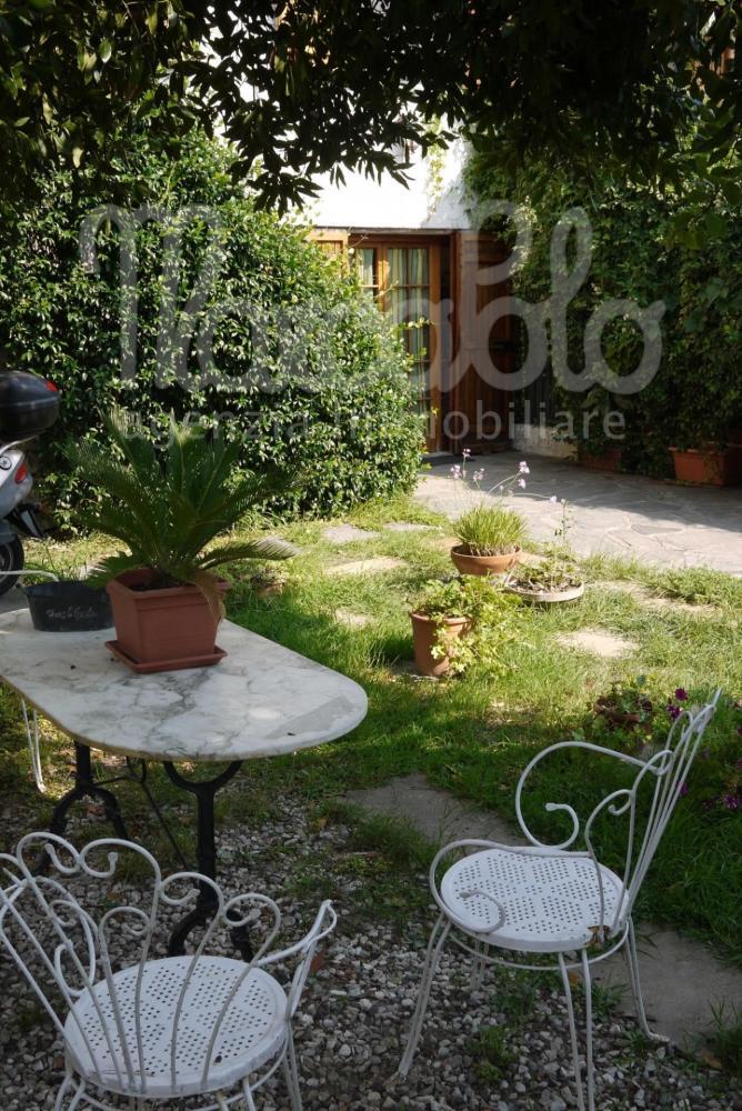Villa plurilocale in vendita a Ameglia - Villa plurilocale in vendita a Ameglia
