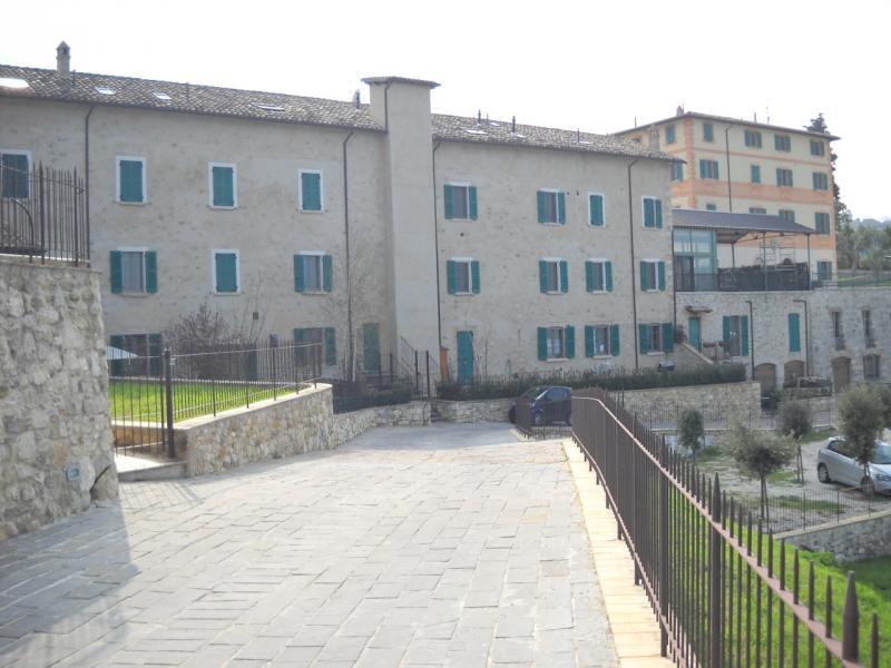 Appartamento trilocale in vendita a Ascoli Piceno - Appartamento trilocale in vendita a Ascoli Piceno