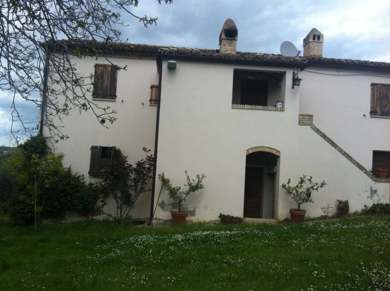 Villa plurilocale in vendita a Castorano - Villa plurilocale in vendita a Castorano