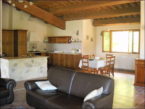 Villa plurilocale in vendita a Civitella del Tronto - Villa plurilocale in vendita a Civitella del Tronto