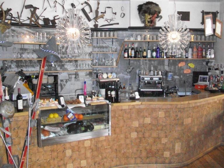 Azienda commerciale in vendita a Monfalcone - Azienda commerciale in vendita a Monfalcone