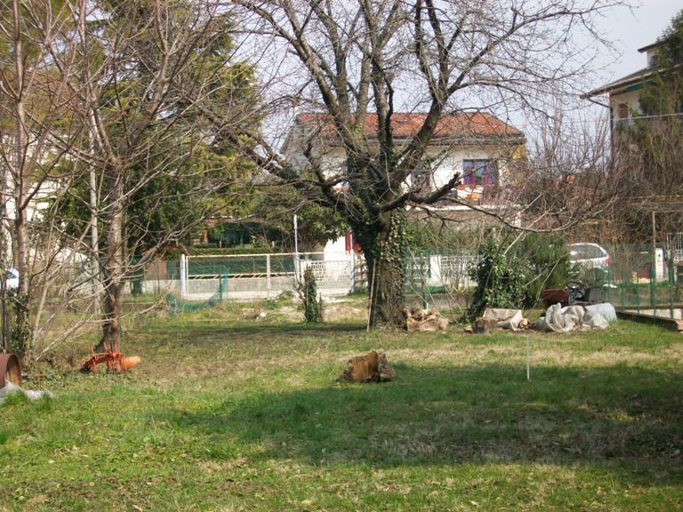 Terreno residenziale in vendita a Monfalcone - Terreno residenziale in vendita a Monfalcone