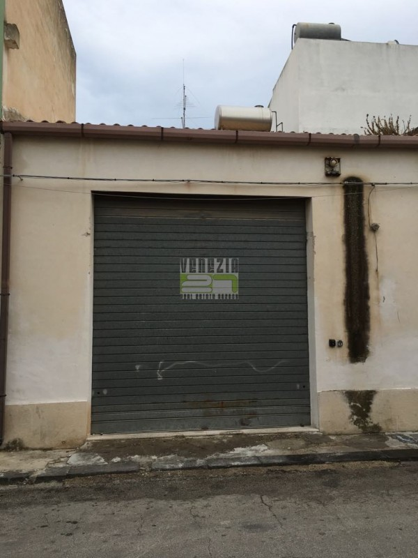 Garage in vendita a avola - Garage in vendita a avola