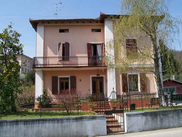 AGENZIA IMMOBILIARE BUIESE - Casa tricamere in vendita a Tarcento