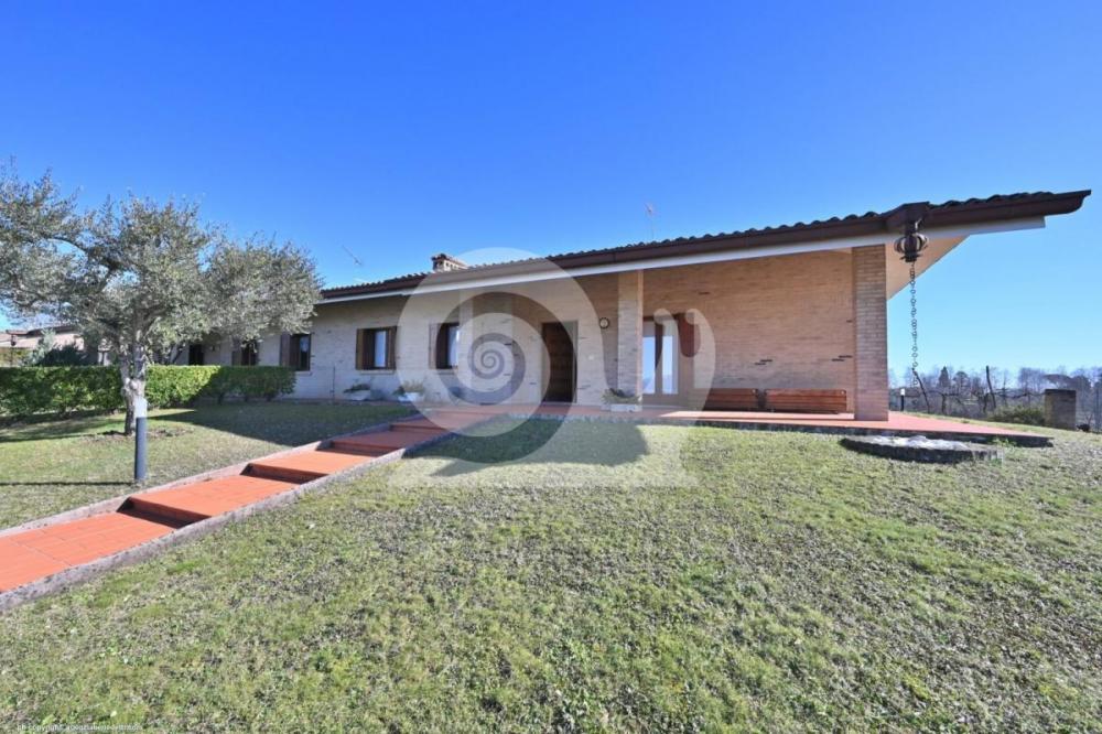 Villa tricamere in vendita a Tricesimo - Villa tricamere in vendita a Tricesimo
