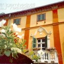 Villa plurilocale in vendita a Barge