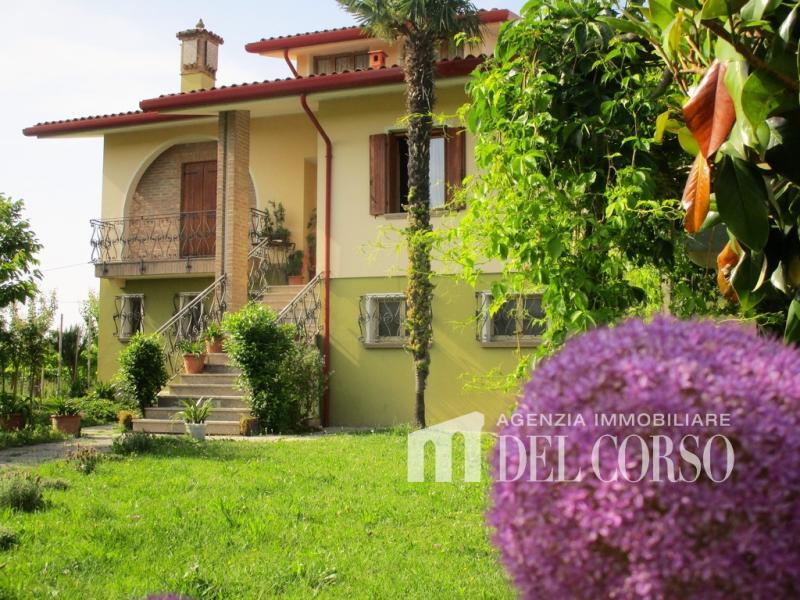 Villa indipendente in vendita a Loncon - Villa indipendente in vendita a Loncon