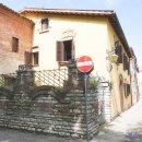 Casa plurilocale in vendita a Fabriano