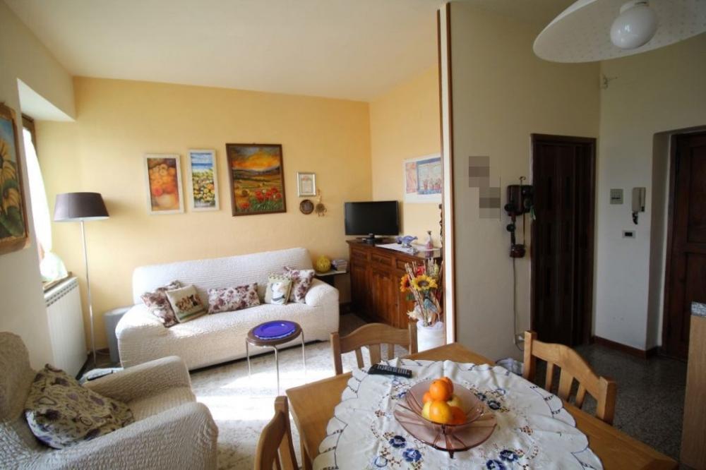 Appartamento trilocale in vendita a Pergine Valdarno - Appartamento trilocale in vendita a Pergine Valdarno
