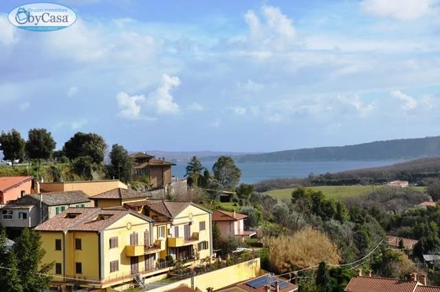 Appartamento quadrilocale in vendita a Bracciano - Appartamento quadrilocale in vendita a Bracciano