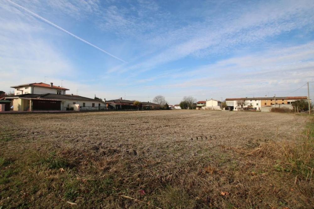 Terreno residenziale in vendita a Mussons - Terreno residenziale in vendita a Mussons