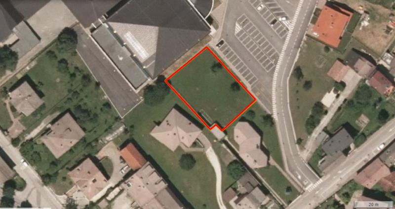 Terreno residenziale in vendita a Villa Santina - Terreno residenziale in vendita a Villa Santina
