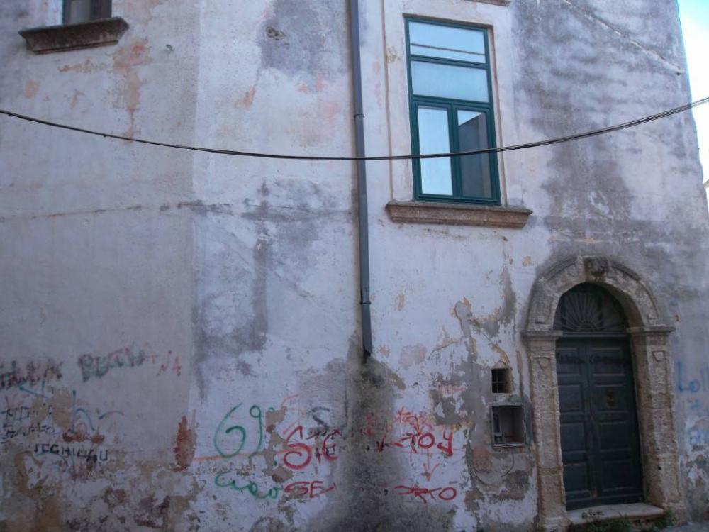 005f713458719ea83382413bd199124e - Appartamento plurilocale in vendita a Casarano
