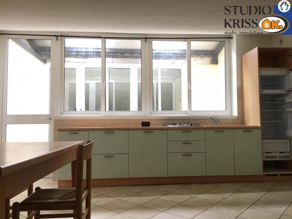 Appartamento plurilocale in vendita a Ferrara - Appartamento plurilocale in vendita a Ferrara