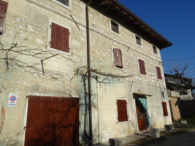 Rustico / casale plurilocale in vendita a Aiello del Friuli - Rustico / casale plurilocale in vendita a Aiello del Friuli