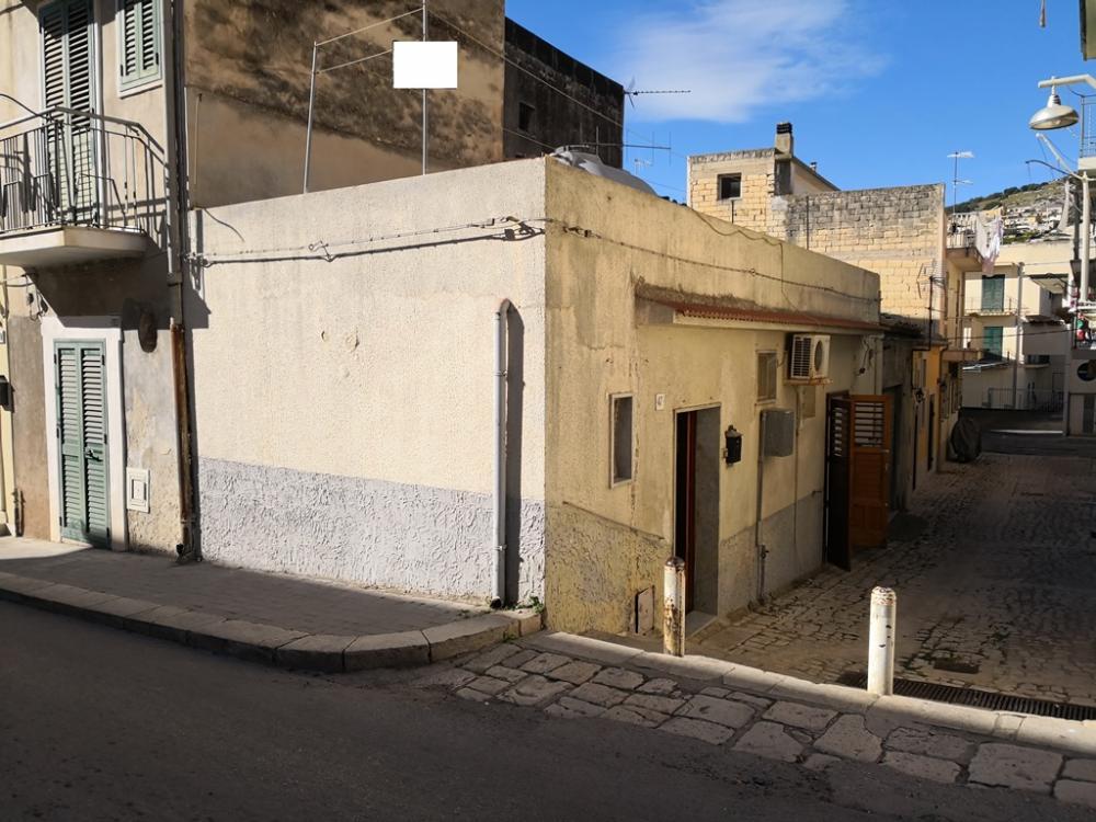 Casa quadrilocale in vendita a Scicli - Casa quadrilocale in vendita a Scicli