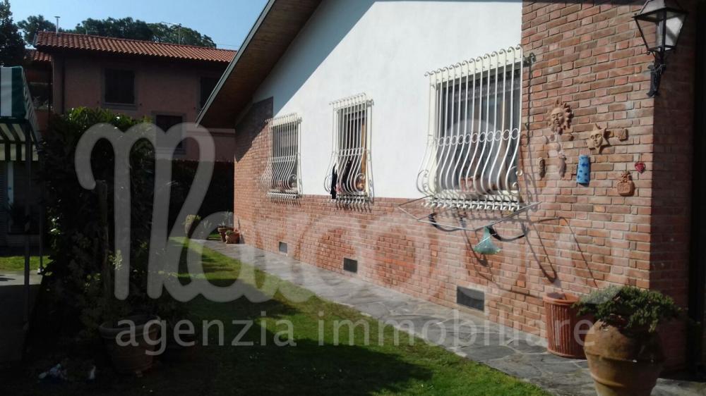Villa quadrilocale in affitto a Forte dei Marmi - Villa quadrilocale in affitto a Forte dei Marmi