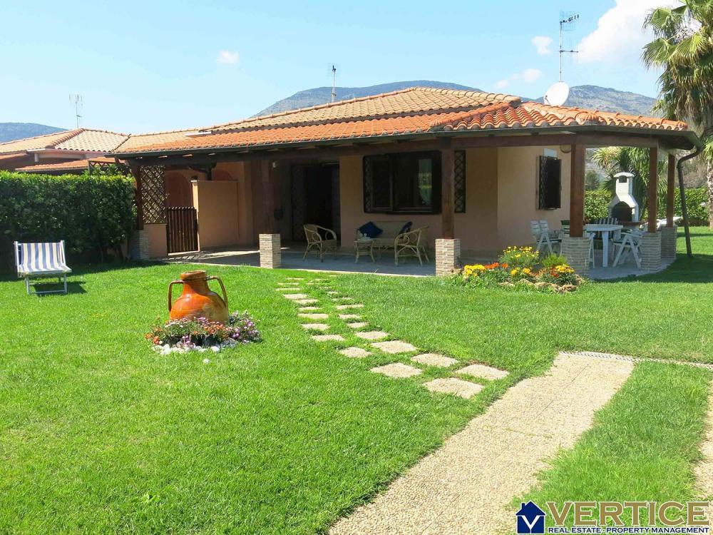 Villa trilocale in affitto a Fondi - Villa trilocale in affitto a Fondi