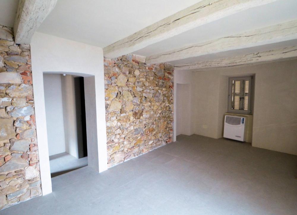Appartamento trilocale in vendita a Castiglione del Lago - Appartamento trilocale in vendita a Castiglione del Lago