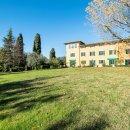 Villa indipendente plurilocale in vendita a Pescia