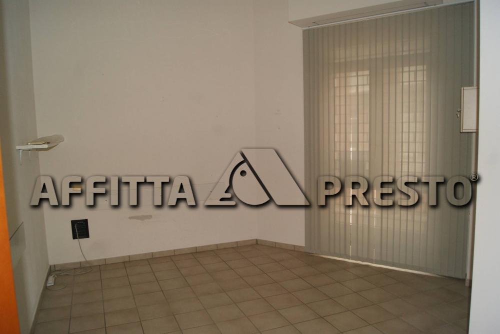 Ufficio in affitto a Livorno - Ufficio in affitto a Livorno