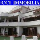 Villa indipendente plurilocale in vendita a Montesilvano
