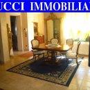 Villa indipendente quadrilocale in vendita a Pescara