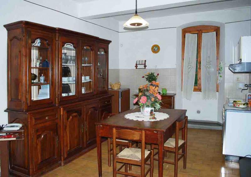 Appartamento plurilocale in vendita a - Appartamento plurilocale in vendita a