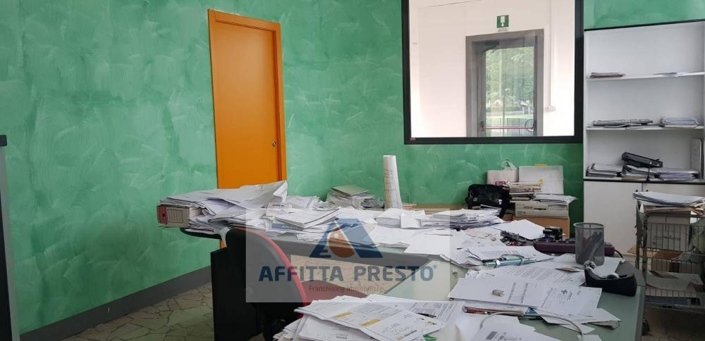 Magazzino-laboratorio in affitto a Vinci - Magazzino-laboratorio in affitto a Vinci