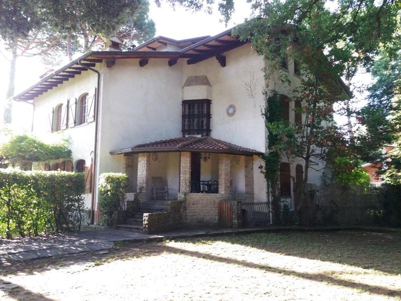 Villa plurilocale in vendita a Ronchi - Villa plurilocale in vendita a Ronchi