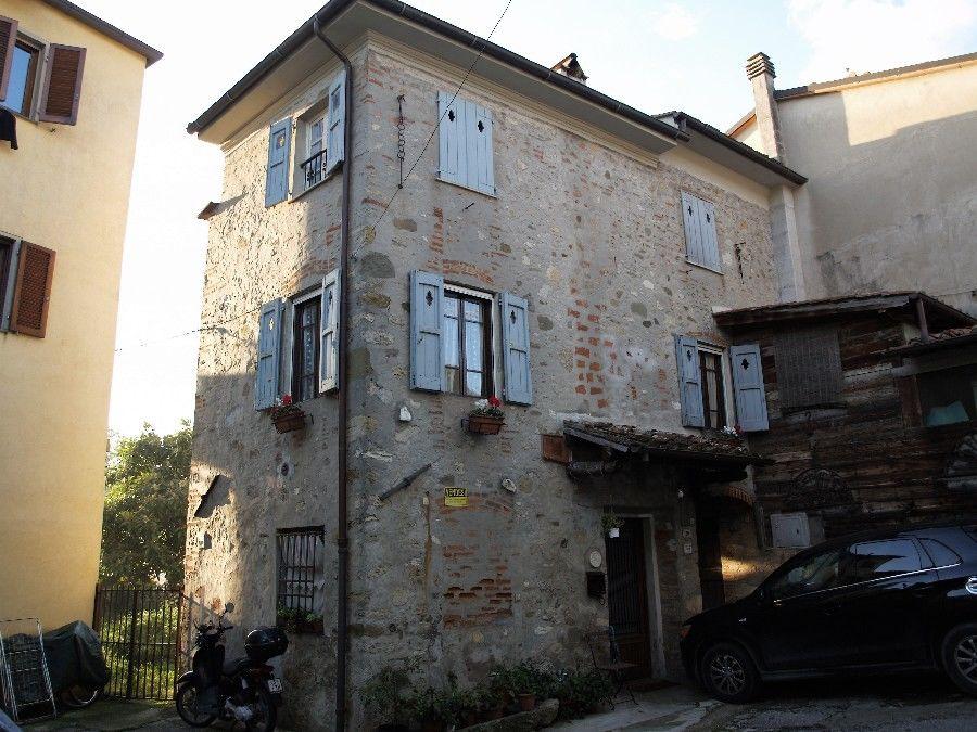 Rustico / casale plurilocale in vendita a Camaiore - Rustico / casale plurilocale in vendita a Camaiore