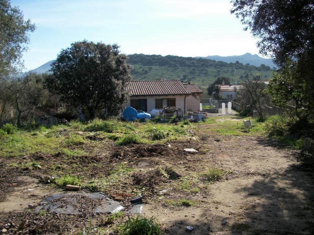 Terreno residenziale in vendita a - Terreno residenziale in vendita a