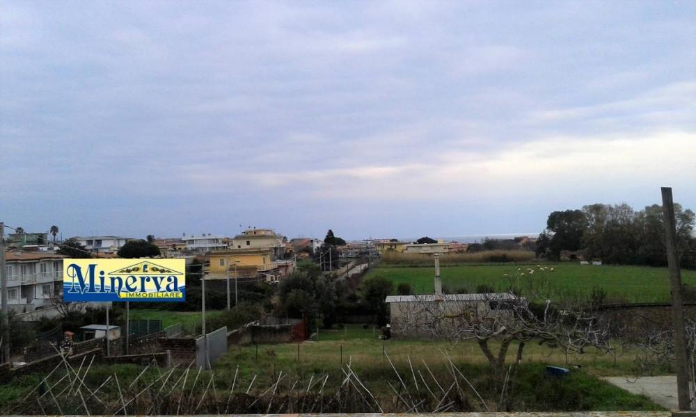 Terreno residenziale in vendita a Anzio - Terreno residenziale in vendita a Anzio