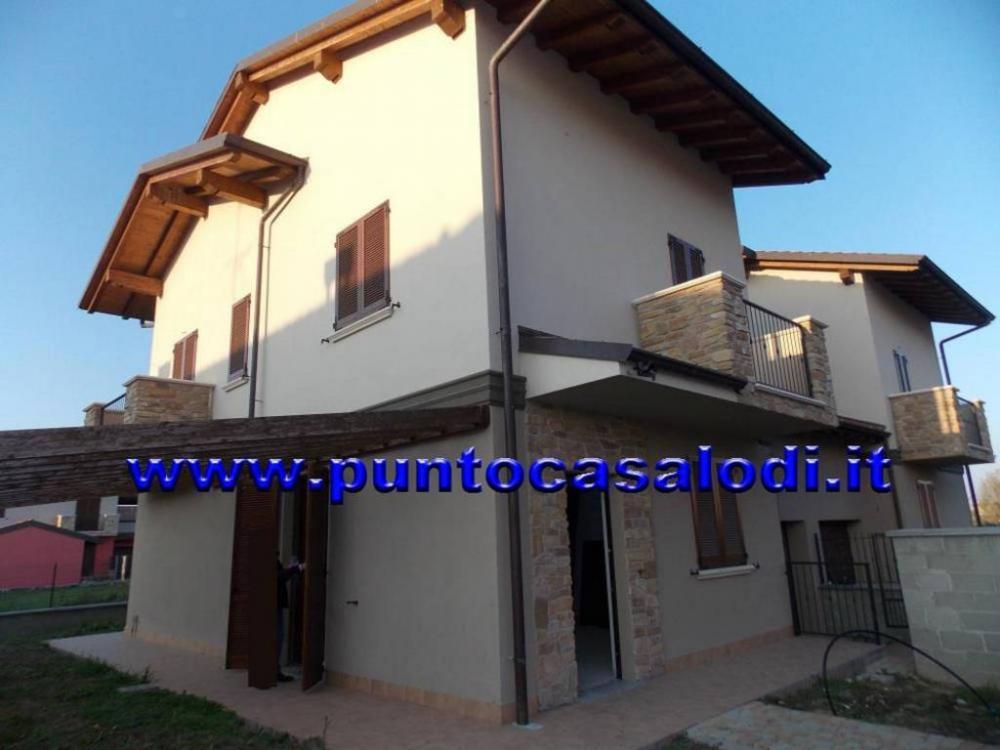 c67f900924174031ba99dfb1feac643b - Villa plurilocale in vendita a Villanova del Sillaro