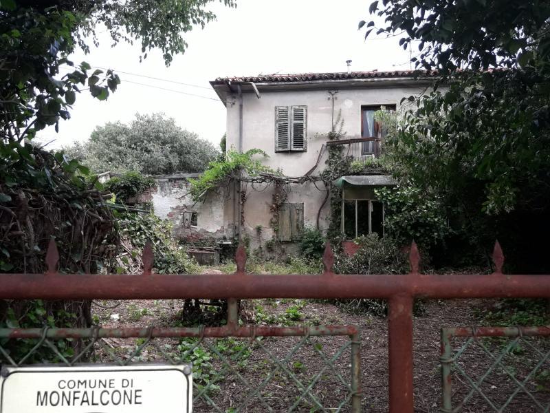 Facciata esterna - Rustico / casale quadricamere in vendita a Monfalcone