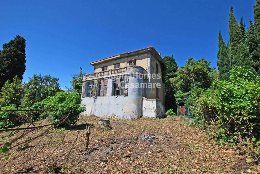 Villa indipendente plurilocale in vendita a Imperia - Villa indipendente plurilocale in vendita a Imperia