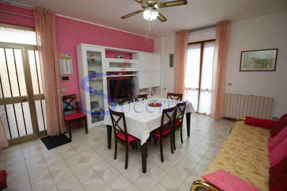 Appartamento trilocale in vendita a Tortoreto - Appartamento trilocale in vendita a Tortoreto