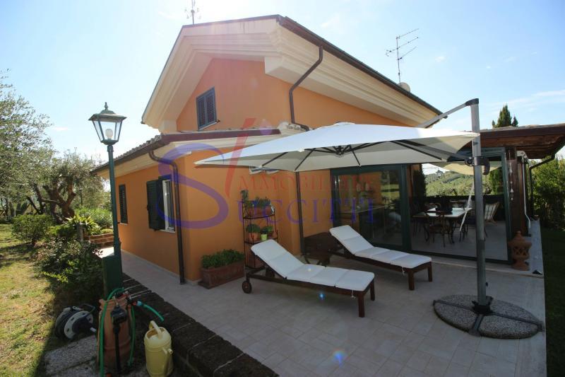 Villa plurilocale in vendita a Colonnella - Villa plurilocale in vendita a Colonnella