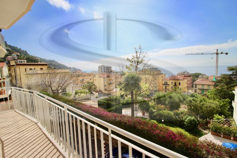 Appartamento quadrilocale in vendita a Alassio - Appartamento quadrilocale in vendita a Alassio