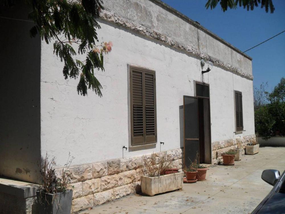 68779c06ae3c3514c898f82b484034b6 - Villa plurilocale in vendita a Castellana Grotte