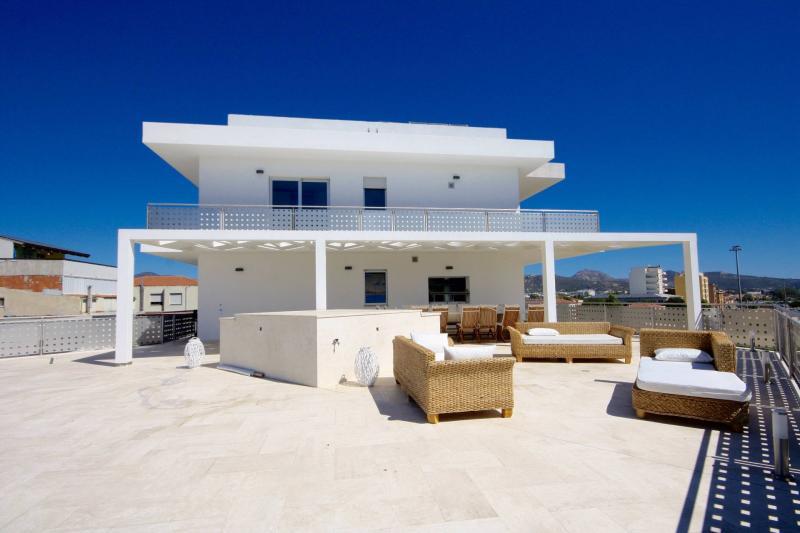 Appartamento plurilocale in vendita a Olbia - Appartamento plurilocale in vendita a Olbia