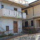 Casa plurilocale in vendita a Sarnano