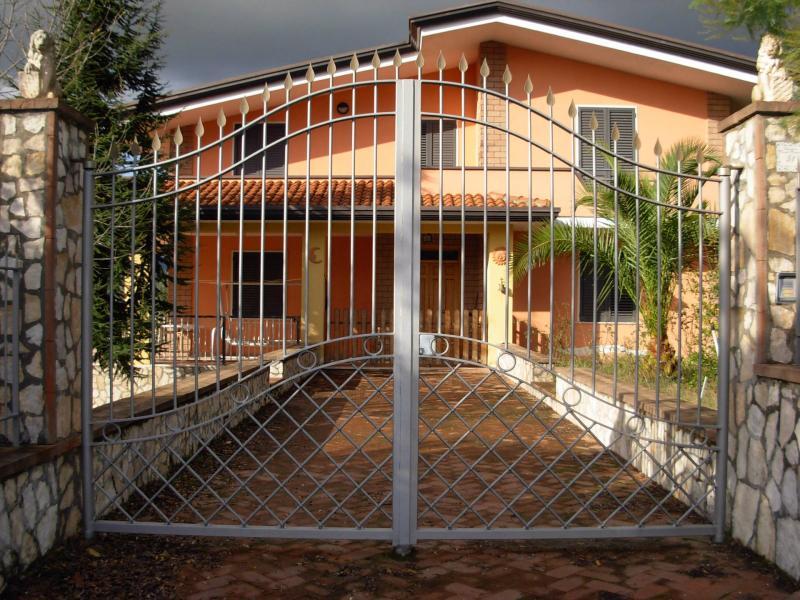 Casa plurilocale in vendita a Telese Terme - Casa plurilocale in vendita a Telese Terme